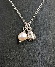 Lovely Ladybug Blanco Agua Dulce Perla Colgante Collar de plata esterlina