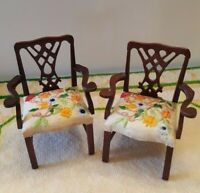 Dollhouse miniature pair of wood chairs w/embroidered seats, 1:12