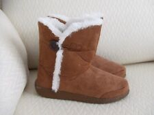 Nwot Chestnut Caramel Brown Room Shoes Boot Bootie Slippers w/ White Trim M 7