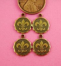 Lis Charms - 4 Pc(s) Ant Brass Scalloped Fleur De