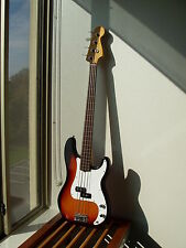 1997 FENDER PRECISION BASS FRETLESS AMERICAN STANDARD MADE IN USA RARE BRAND NEW