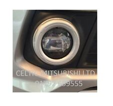 GENUINE MITSUBISHI 2015 ON L200 SERIES 5 LED WHITE LIGHT FRONT FOGLAMP KIT