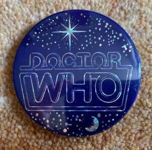 RETRO DOCTOR WHO PRISMATIC BADGE 1990's
