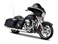 MAISTO 1/12 SCALE HARLEY-DAVIDSON 2015 STREET GLIDE SPECIAL MOTORCYCLE | 32328
