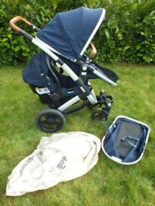 Joolz Geo Blue travel system - Use in single or double combination