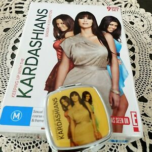 KEEPING UP WITH THE KARDASHIANS Season 1-4 Box Collection 9 DVD's + BONUS MIRROR
