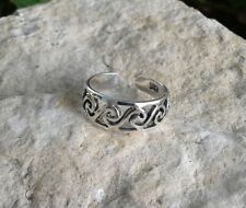Solid Sterling Silver Swirl Silhouette Toe Ring
