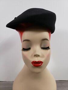 VINTAGE DOESKIN FELT BLACK WOMENS BERET HAT by GEO.W. BOLLMAN & CO. 100%WOOL