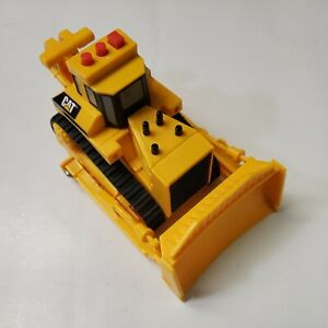 """2017 Toy State Caterpillar CAT Bulldozer Talking and Engine Sounds 6"""" Yellow"""