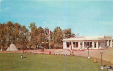 1950s Edmonton Canada Totem Service Camp Ground Gas pumps postcard 10538