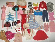 Vintage 1961 #5 Brunette Ponytail Barbie Doll Midge Case Lot Clothes Accessories