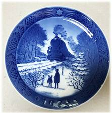Royal Copenhagen Blue Christmas Plate 1973 Kai Lange Going Home for Christmas 7""