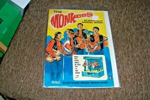 1966 The Monkeees Punch Out Model Book