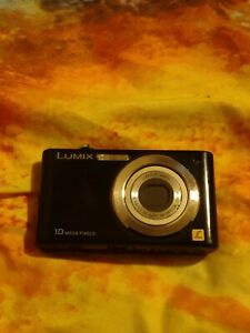 Panasonic Lumix dmc-f2 digital 10 mp camera working but for spares or repairs