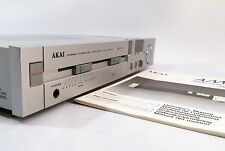 AKAI AM-U1 AMPLIFICATORE STEREO INTEGRATO + Stadio Phono + MANUALE + GRATIS UK Consegna