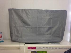 Outdoor TV Cover 39-42 inch Screens. 97.5cm wide & 56cm high 10cm Overhang