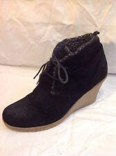 Belle&Mimi Black Ankle Suede Boots Size 40