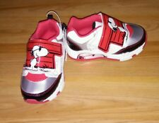 NEW * Toddler Boys Red Snoopy Light Up Sneakers Shoes Size 5y