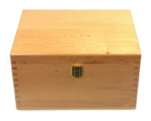 Large Solid Beech Wood Trinket / Storage Box 30 x 24 x 16 cm ** SECOND **