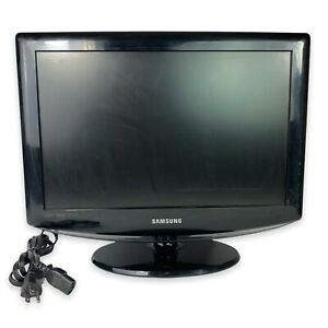 "Samsung LN-T1953H 19"" 1080i HD LCD HDMI HDTV VGA Television W/ Power Cord WORKS"