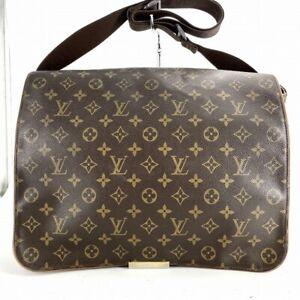 Louis Vuitton Abbesses Messenger Bag M45257 Monogram From Japan DP107-545