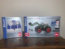 SIKU Control 1:32 Fendt Vario Tractor with Front Loader and Bluetooth Handset