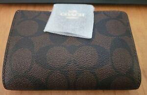 Coach Signature Wallet NWT!!!