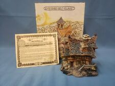 Boyds Town Wilson's Books # 19022 Boyd's Bearly-Built Villages 3 Piece Set