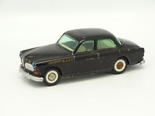 Tekno SB 1/43 - Volvo 121 Amazon Negra 810
