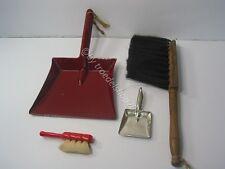 113)  alte Puppen Kinder Kehrgarnitur Holz Metall 2 x Schaufel 2 x Besen ALT