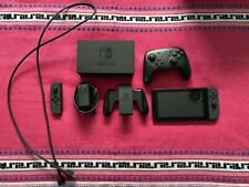 Nintendo Switch Console, Complete with Pro Controller. READ DESCRIPTION