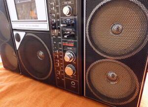 SANYO M9819-K Rare Vintage Radio-Cassette Player Black Boombox 80's Retro Ghetto