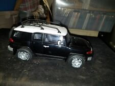 1:18 AUTOart Millennium Toyota FJ Cruiser in Black Serial #2917 Black / White
