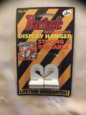 One Barnacle Interlocking Display Hanger Bh1001