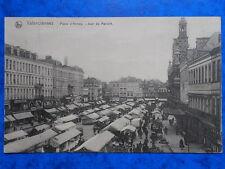 VALENCIENNES  :  Place d'Armes un Jour de Marché.....VO.1916.