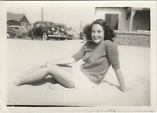 VINTAGE BW PHOTO OF A WOMAN WITH NICE LEGS & CARS SNAPSHOT
