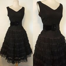 1950s 50s full skirt lace ruffle cocktail party cupcake dress DeTrano M