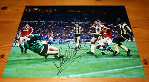Manchester United 1990 F.A. Cup Winners - Lee Martin SIGNED Photo