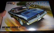 """MPC 1969 DODGE """"COUNTRY CHARGER"""" R/T #878 1/25 Model Car Mountain fs"""