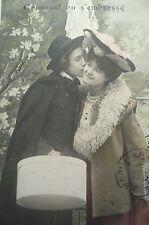 cpa couple baiser amour femme postcard lovers kiss woman cartolina donna carte