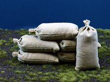 8 khakifarbige gebundene echte Stoff Sandsäcke, gefüllt 100 x 50 mm, 1:9,