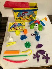 Kid K'nex Bucket of Buddies W/case and book for young kids learning building