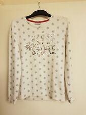 girls white long sleeved snow flake sweatshirt with elfie selfie on front 12-13