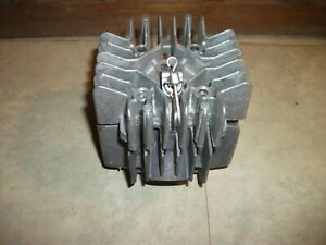 Cylindre/Piston/Culasse Motobécane M11/M12 d'Origine NOS