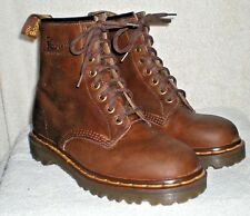 New Dr. Martens 6 UK 6.5 or 7 men's Air Wair boots Made in England 8 eyelet