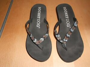 Rocket Dog size 6 flip flops