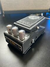 More details for plutoneium chi-wah-wah effects pedal for electric guitar