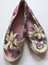 BNWOB Esprit Floral Flats Sneakers  Size Youth 4