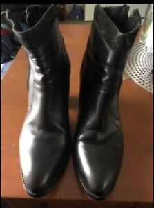 Mimco Leather & Suede Ankle Boots Sz 40