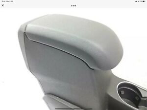 FORD FIESTA MK7.5 2013 ONWARDS CENTRE CONSOLE WITH ARM REST USED ITEM NOT MINT